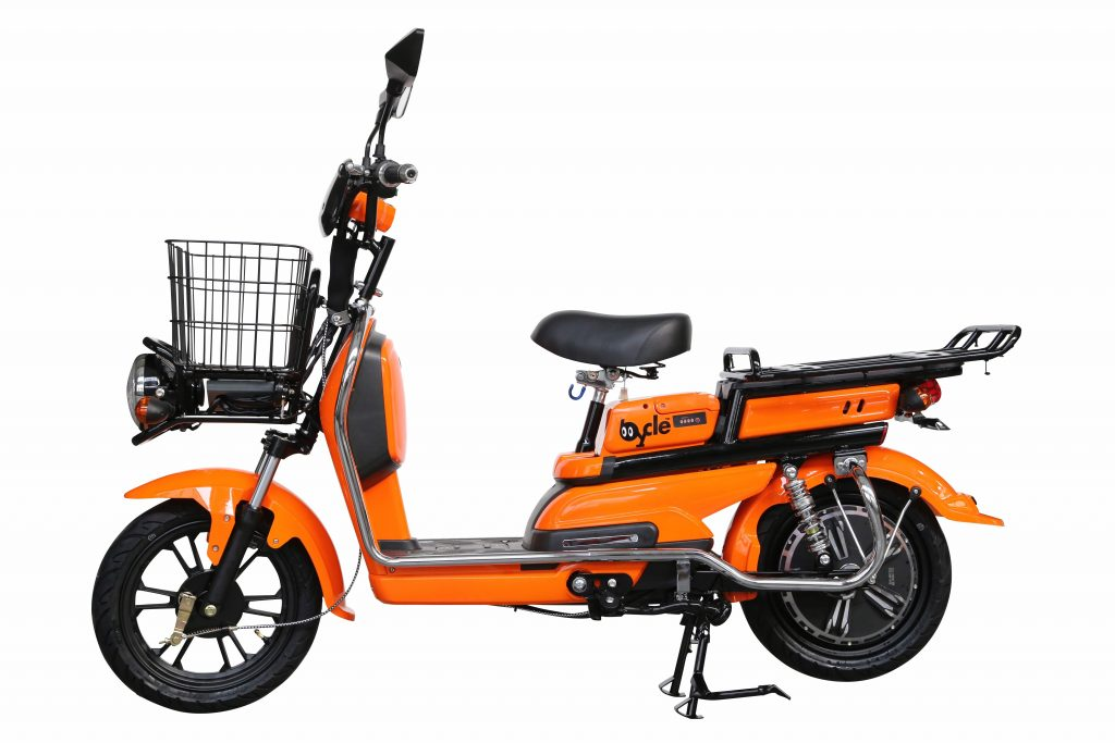 電動バイクbycle Z4。この電動バイクに「巌流島」のロゴが入ります