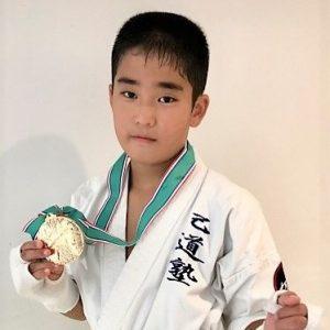 加藤諒(かとう・りょう)